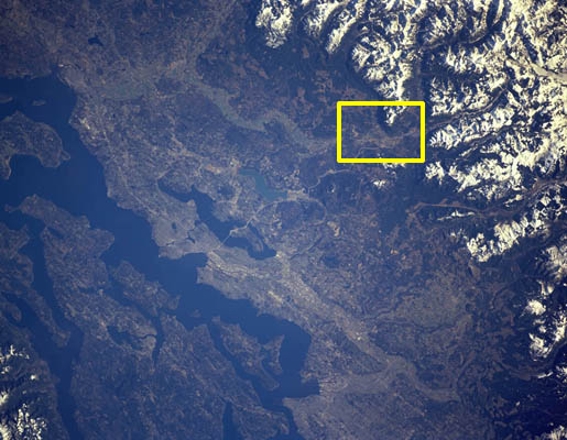 Puget Sound; North Bend detail is the yellow boxed area.