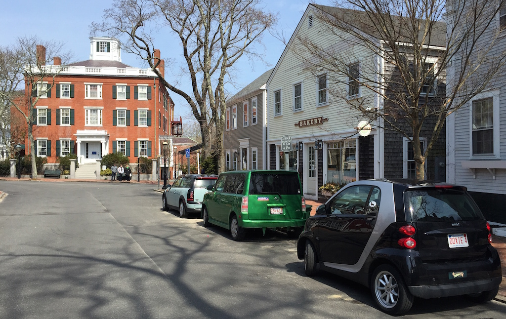 Nantucket08CenterSt.jpg